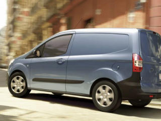 53_Ford_Transit_Courier-600x375